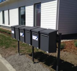 postilaatikot, pp postilaatikot, postipate, posti pate, pate postilaatikko, postilaatikot taloyhtiöille, postilaatikot, postilaatikkosarja, postilaatikkosetti